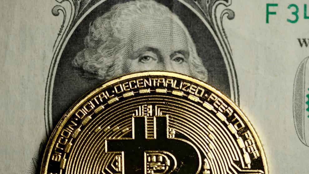 <p><b>KORREKSJON:</b> Bitcoin har ikke bare sett en kraftig priskorreksjon på nyåret, også bitcoins dominans i forhold til andre kryptovalutaer har nådd et bunnivå den siste tiden. Onsdag representerer bitcoins markedsverdi 33,81 prosent av markedet. Den 7. desember sto bitcoin for 65,7 prosent av markedsverdien.</p>