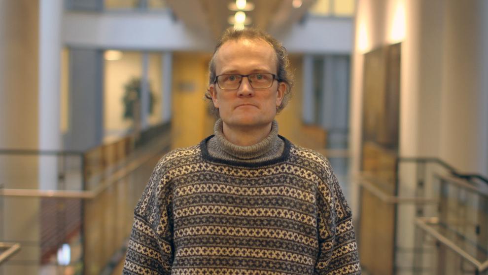 <p><b>BITCOIN-VETERAN:</b> Sturle Sunde er en av dem som har drevet lengst med bitcoin-handel i Norge. Ingen av landets banker ønsker å ha ham som kunde, og nå går han rettens vei for å få gjennomslag for sine ønsker.</p>