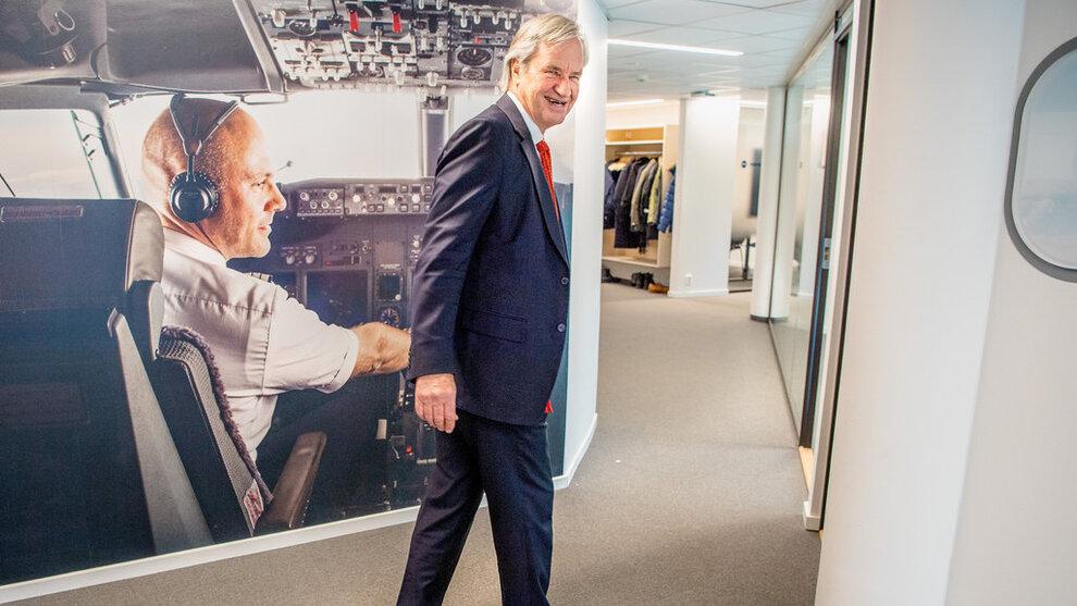 <p><b>SNAKKER OM KRISEN:</b> VG møtte Norwegian-sjef Bjørn Kjos på Fornebu mandag.</p>