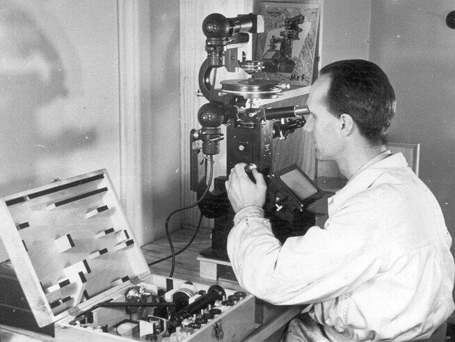 <p><b>LANGE TRADISJONER:</b> Elkems historie strekker seg tilbake til 1904, da det ble etablert som «Det norske aktieselskap for elektrokemisk industri». Å skape ny norsk virksomhet basert på norske naturressurser var målet. Her et historisk bilde.</p>