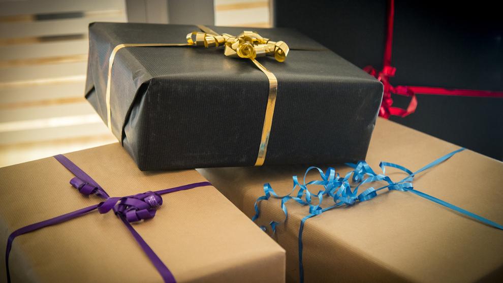 <p><b>BYTTE?</b> Onsdag ventes en strøm til butikkene med nordmenn som vil bytte julegaver.</p>