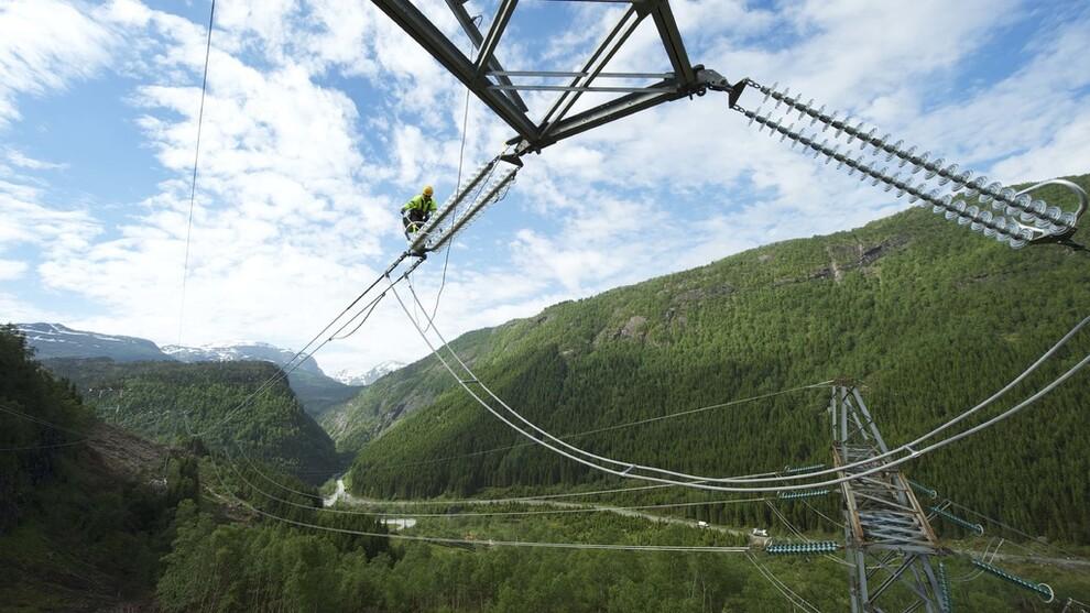 <p><b>DYRERE STRØM</b>: De siste årene har de norske strømprisene i snitt ligget på under 30 øre kilowattimen, mens den i fjor steg til 42 øre kilowattimen. Illustrasjonsfoto.</p>