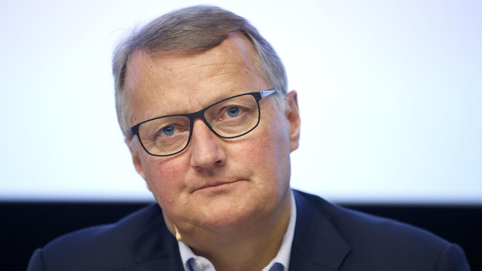 <p><b>I HARDT VÆR:</b> Konsernsjef i DNB, Rune Bjerke, må svare for bankens praksis i forbindelse med Panama Papers-avsløringene.</p>