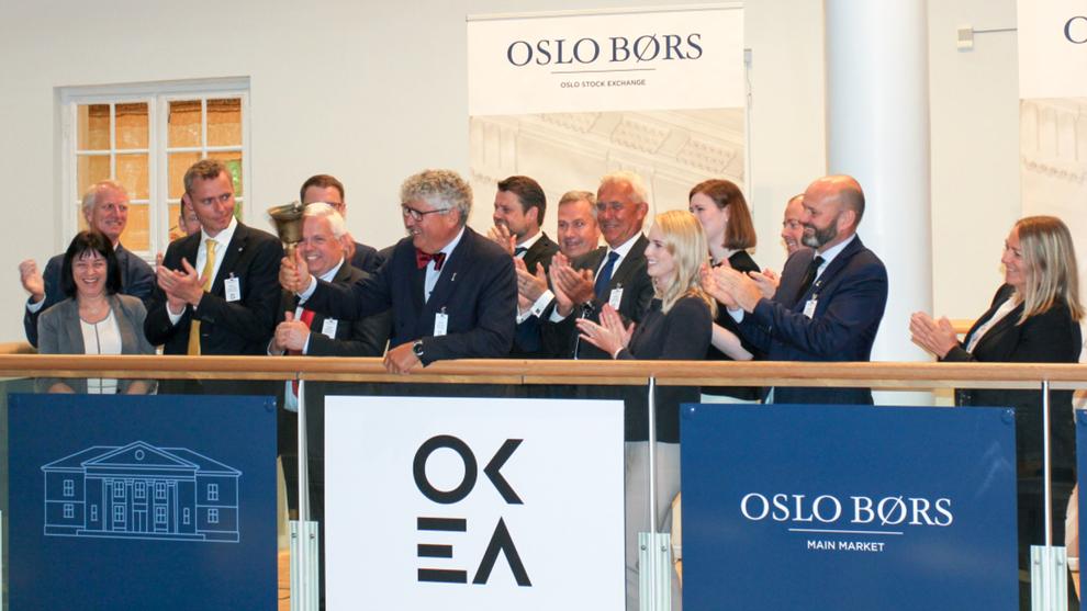 <p><b>BØRSDEBUTANT:</b> Konsernsjef Erik Haugane ringer i bjellen ved børsnoteringen av oljeselskapet Okea.</p>