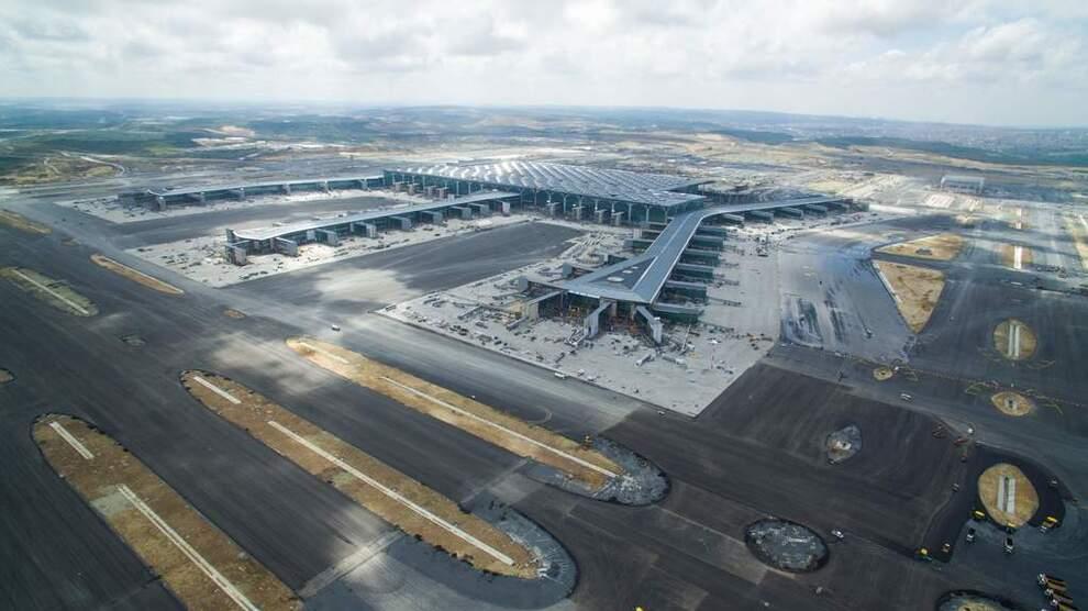 <p><b>SEKS RULLEBANER:</b> Når flyplassen står ferdig kan den bli en av verdens travleste.</p>
