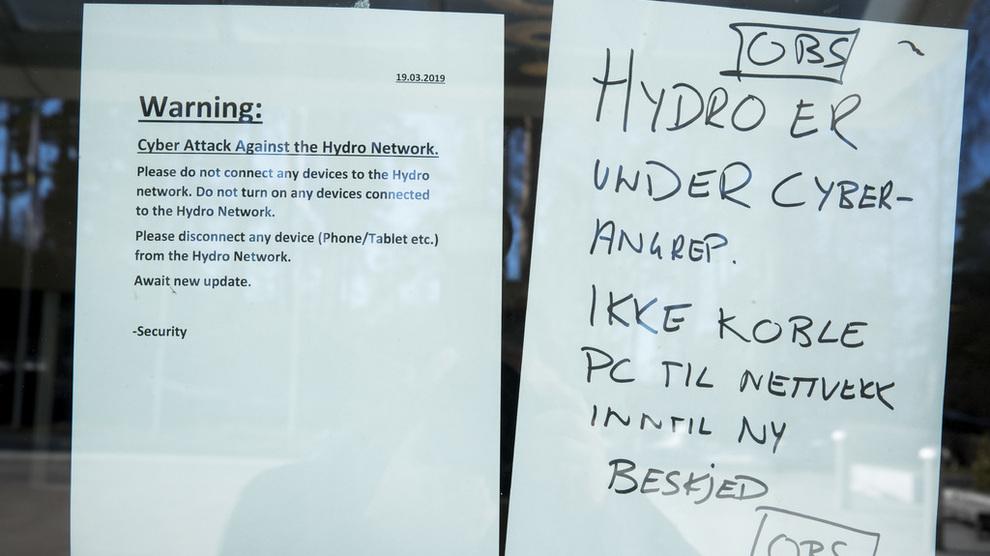 <p><b>UNDER ANGREP:</b>Hydro sier tirsdag at regningen for cyberangrepet i mars får en økonomisk effekt på 450 millioner kroner i første kvartal. Selve kvartalsrapporten er utsatt til juni på grunn av angrepet.</p>