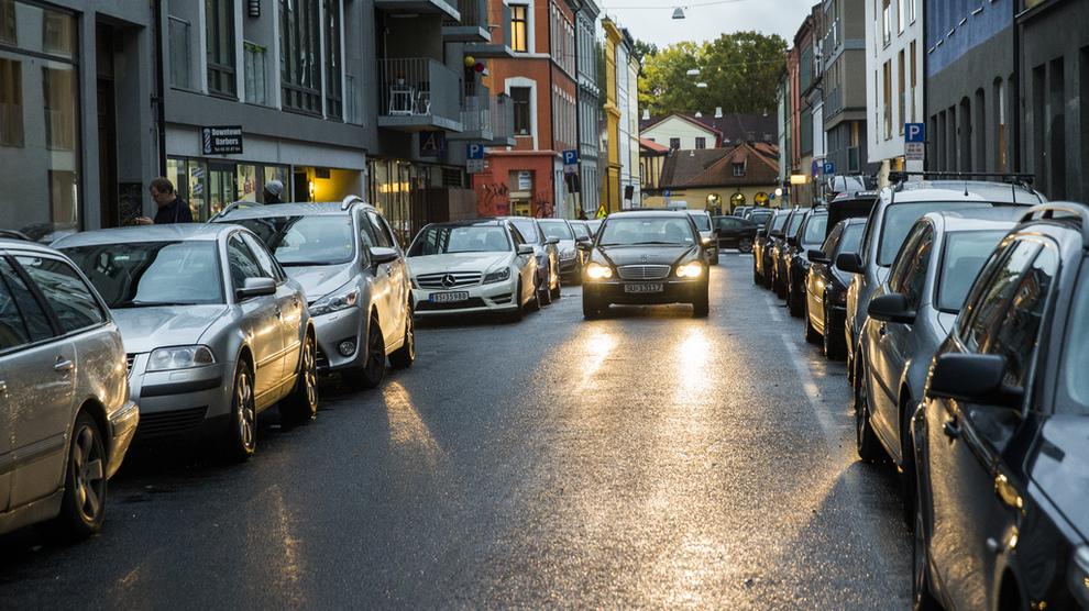 <p><b>INGEN PARKERING:</b> Det har vært et mål for Oslo kommune å fjerne alle de kommunale parkeringsplassene. Kommunen har lagt vekt på at Oslo er spesielt dårlig tilrettelagt for folk som bor i sentrum, og som ikke ønsker å bruke bil.</p>