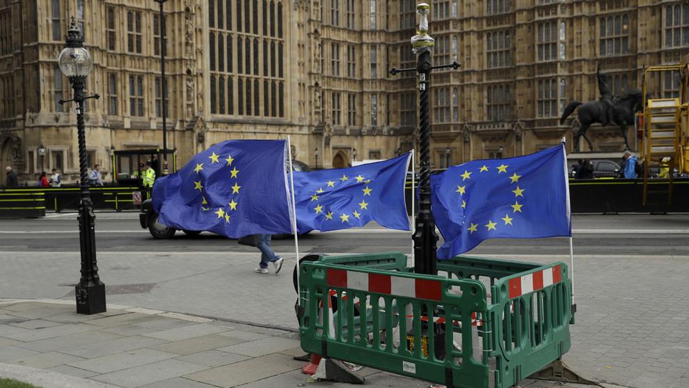 Storbritannia ett steg nærmere brexit - Brexit - Makro og politikk - E24
