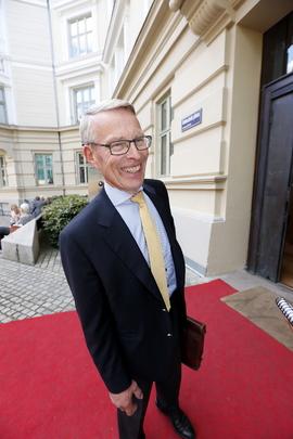 <p>Milliardær og investor Erik Must eier store deler av Gyldendal, som igjen eier Ark bokhandel.</p>