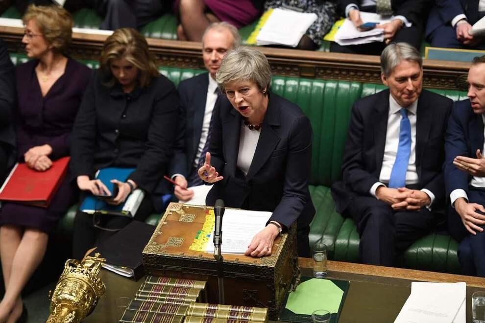 HODEPINE: Theresa May virker ikke å få flertall i parlamentet for avtaleutkastet hun har fremforhandlet med EU.