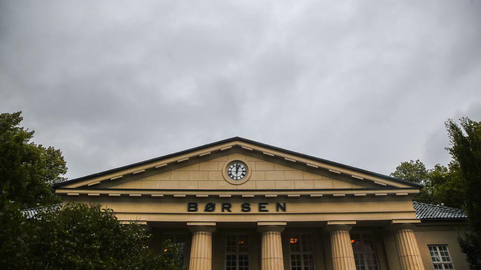 <p><b>MØRKE SKYER:</b> Oslo Børs falt etter dystre signaler fra flere av verdens største økonomier.</p>