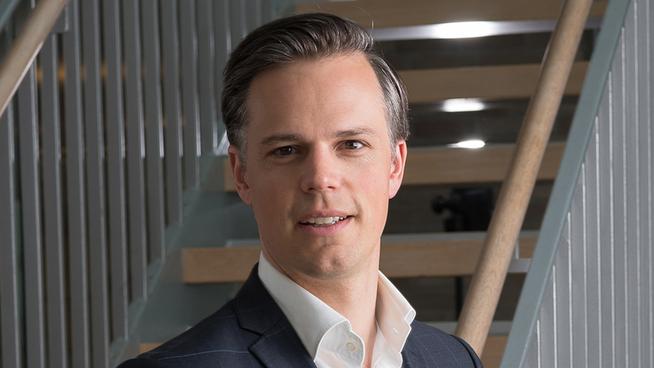 <p>Even Westerveld, informasjonsdirektør i DNB, sier bankens kunder har spart flere hundre millioner på tilbudene.</p>