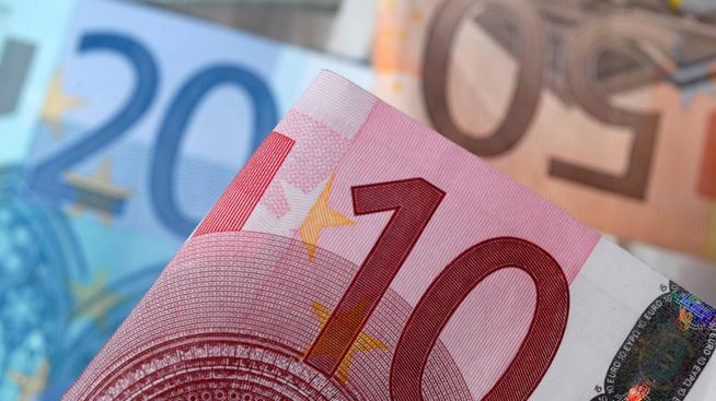<p><b>EUROENE FLYR:</b> Norske forbrukslånsbanker har funnet et marked for produktene sine i Finland</p>