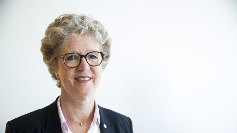 <p><b>FERSKE TALL:</b>Hydros ferske konsernsjef Hilde Merete Aasheim legger frem resultatene for andre kvartal, litt over en måned etter forrige kvartalsrapport ble lagt frem, forsinket etter et cyberangrep.</p>