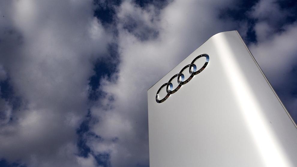 <p><b>TILBAKEKALLER:</b> Audi tilbakekaller 127.000 biler, ifølge tysk avis.</p>