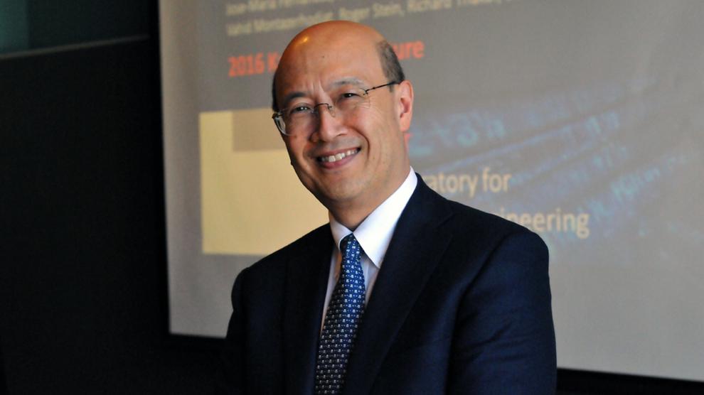 <p><b>SMARTING:</b> Andrew Lo er professor i finans ved prestisjetunge Massachusetts Institute og Technology i USA</p>