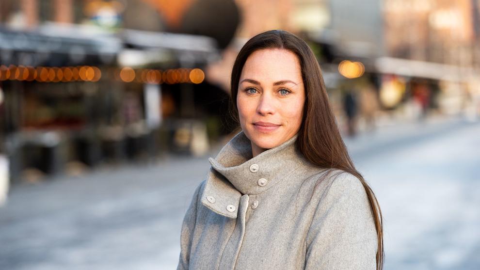 <p><b>ADVARER:</b> Forbrukerøkonom Cecilie Tvetenstrand i Danske Bank ser et gult lys for leasing av privatbiler i årene som kommer.</p>