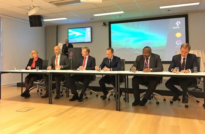 <p><b>NYE PARTNERE:</b> Statoil signerer avtale med Total og Shell om samarbeid om CO2-lagring.</p>