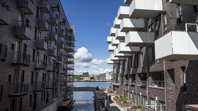 <p><b>UTSIKT:</b> Boliger på Sørengkaia, med utsikt mot Havnelageret, og i det fjerne rådhusets tårn.</p>