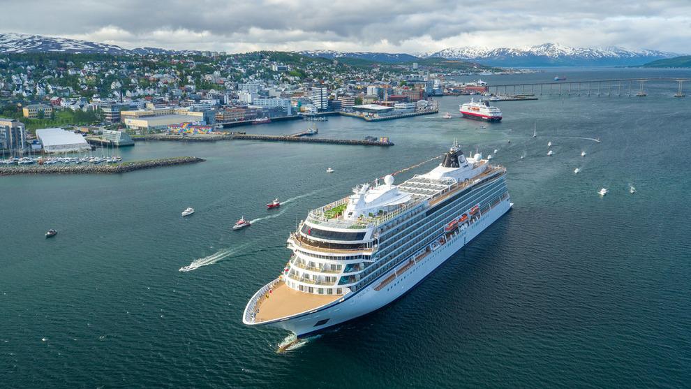 <p><b>HYDROGEN:</b> Viking Cruises planlegger verdens første nullutslippsskip. Det nye hydrogenskipet vil bli bygget på design fra eksisterende skip i rederiets flåte som Viking Sky avbildet over.</p>