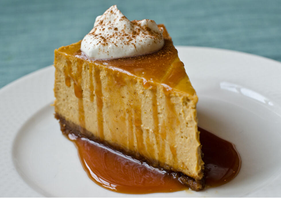 Pumpkin Cheese Cake With Ginger Crust