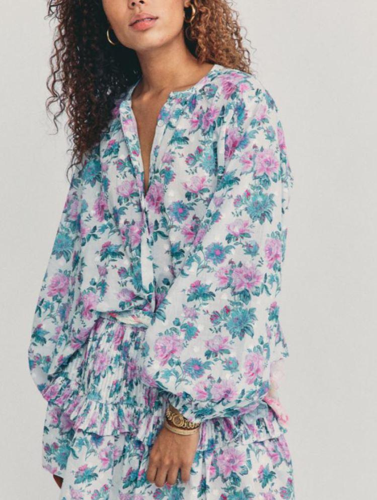 Blomstrete bluse i grønt, hvitt og rosa
