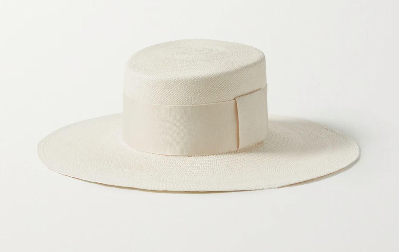 Stor, hvit hatt