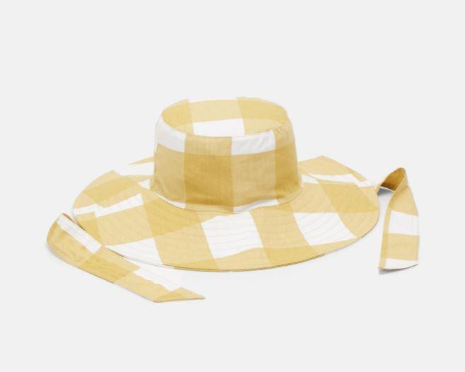 Rutete hatt med bånd
