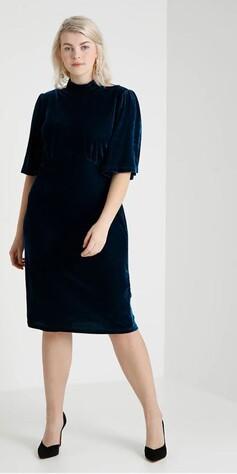 33f3735a 20 fine kjoler til julebord på budsjett - MinMote.no - Norges ...
