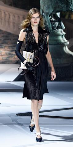 2a261fcc Signe Veiteberg lukket Louis Vuitton-visningen i Paris. Foto: Getty Images.