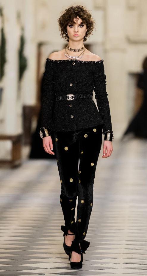 Chanel svart
