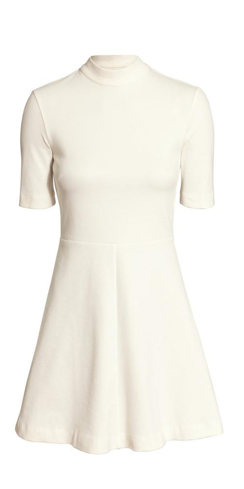 Juni 2015 hvite kjoler