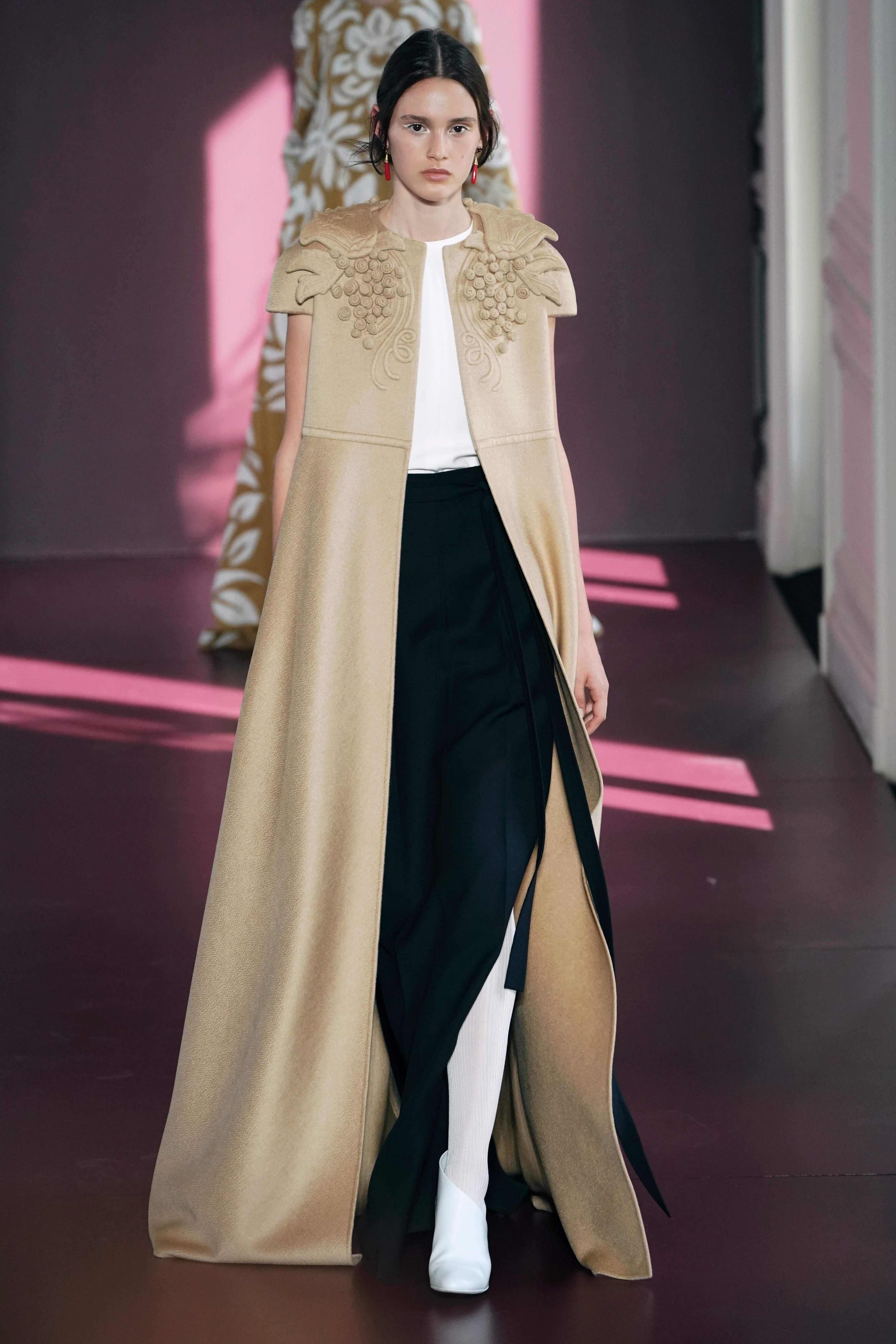 Valentino Haute Couture, Fall/winter 2017. Fo