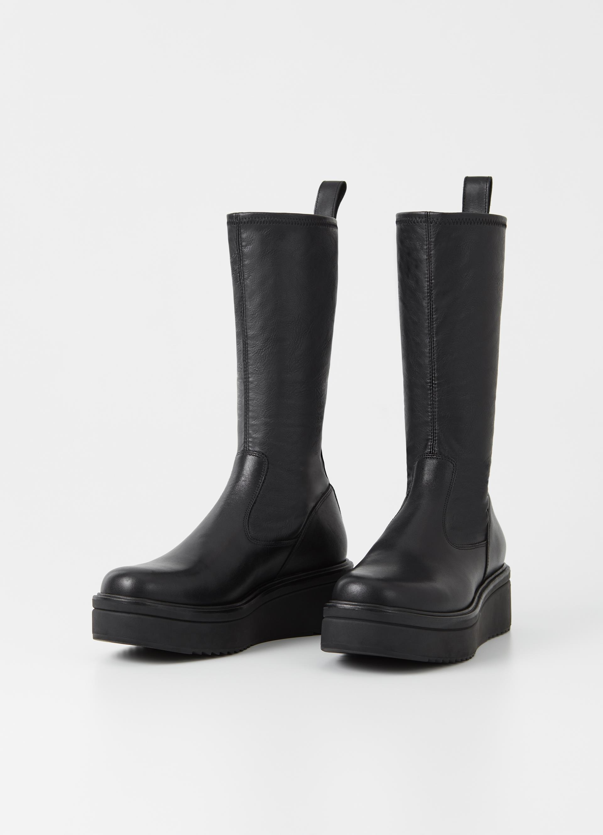 Chunky boots med høyere skaft