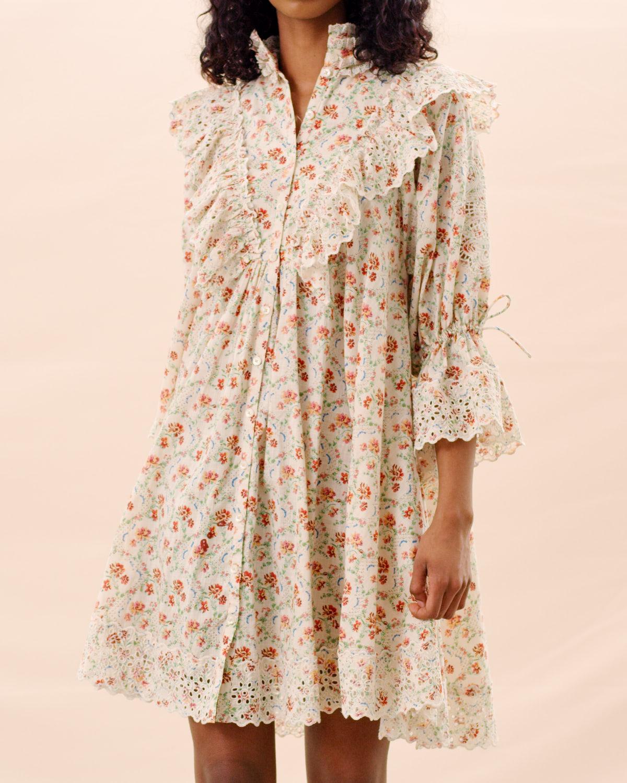 Kort, blomstrete kjole med knytedetaljer