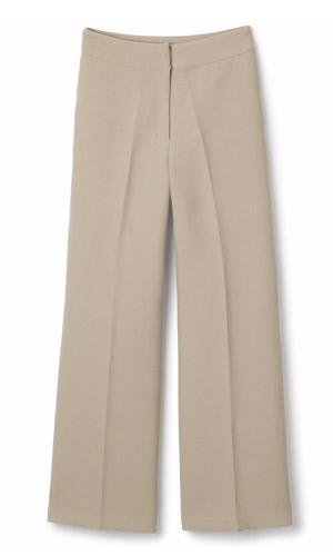 Beige bukser og overdeler