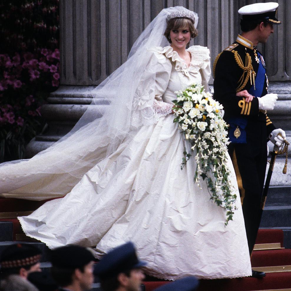 Harry arver kjole