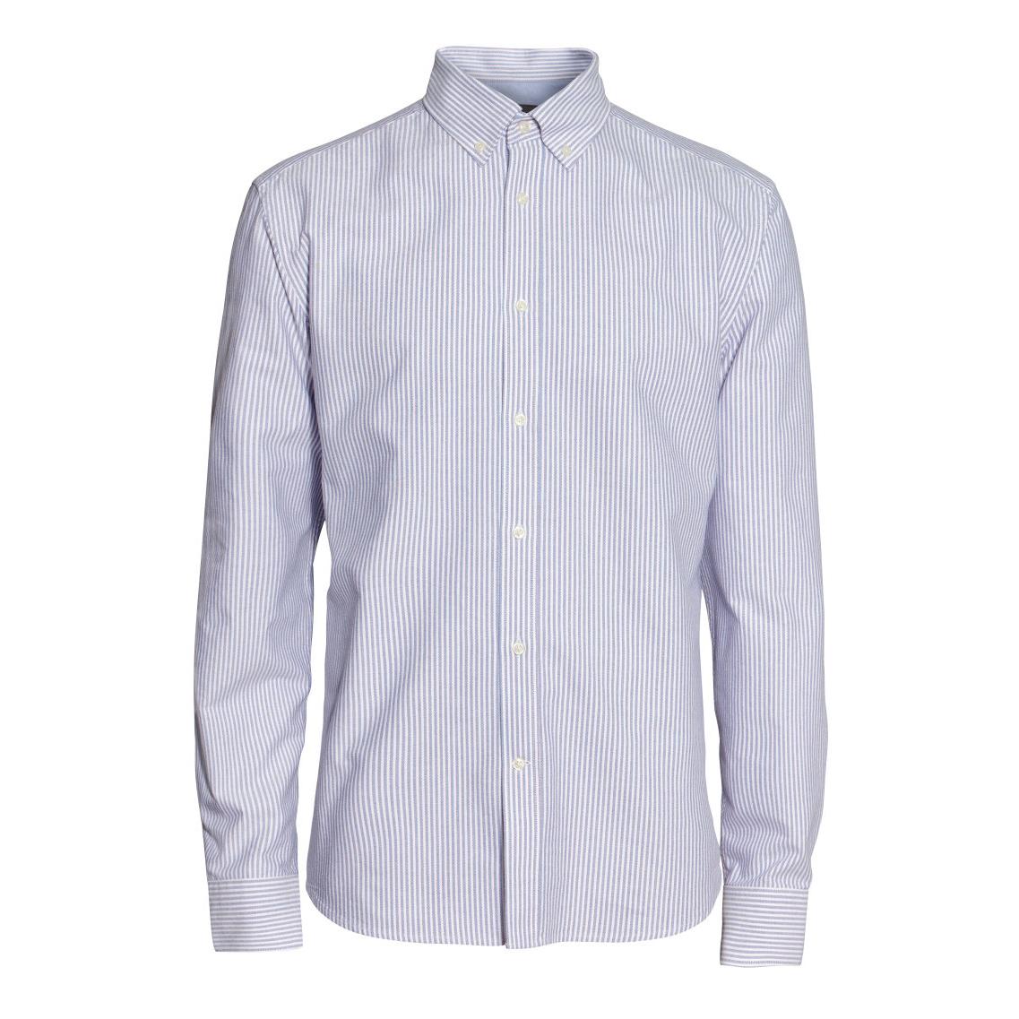 blazer og skjorte