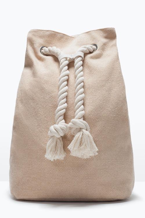 En kjole tre antrekk juni 2015
