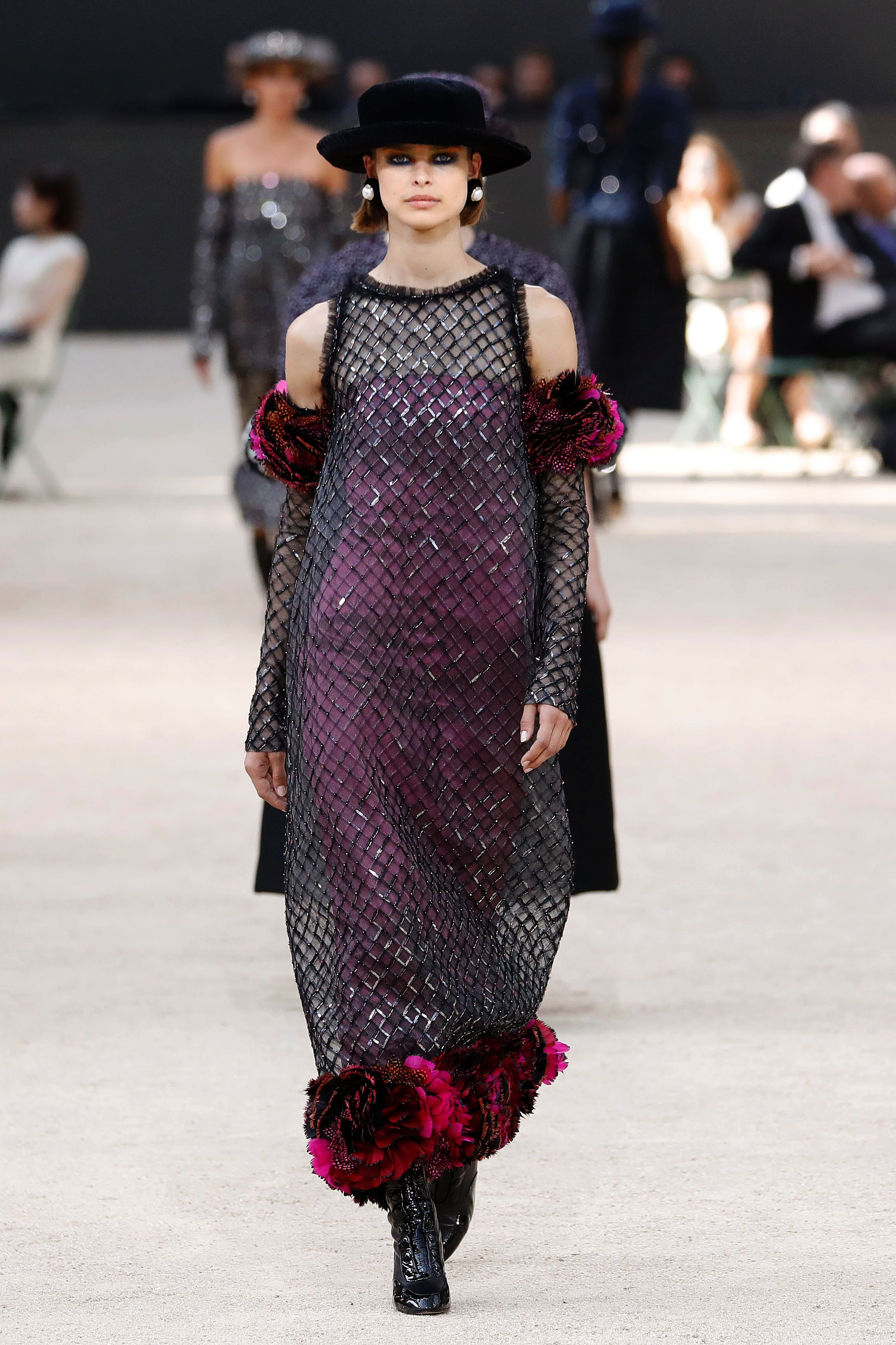 Chanel Fall 2017 Couture catwalk 2