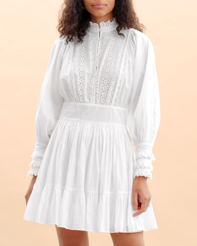 Hvite kjoler