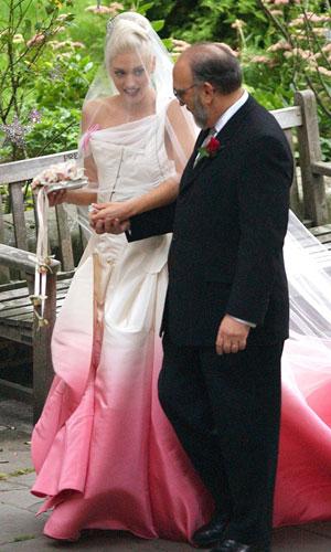 Fargerike brudekjoler