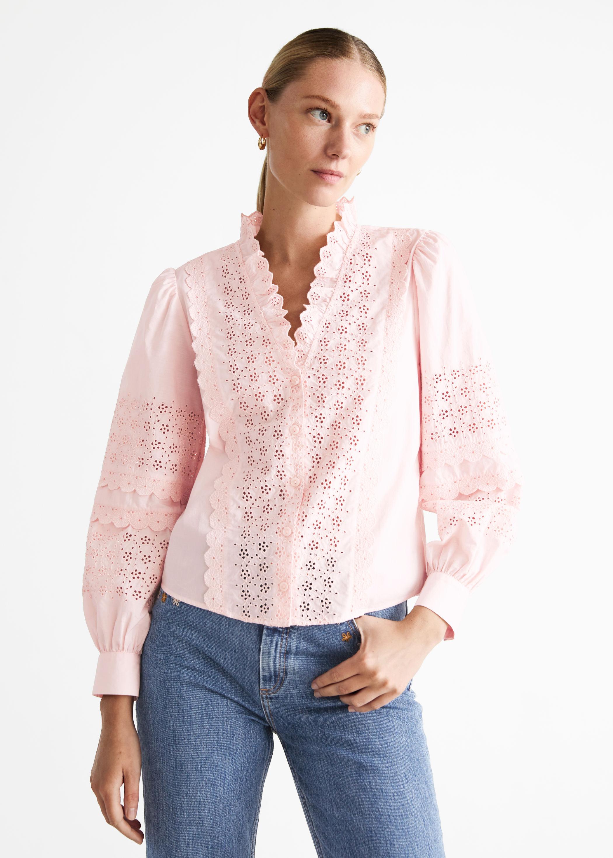 Rosa bluse med blonder