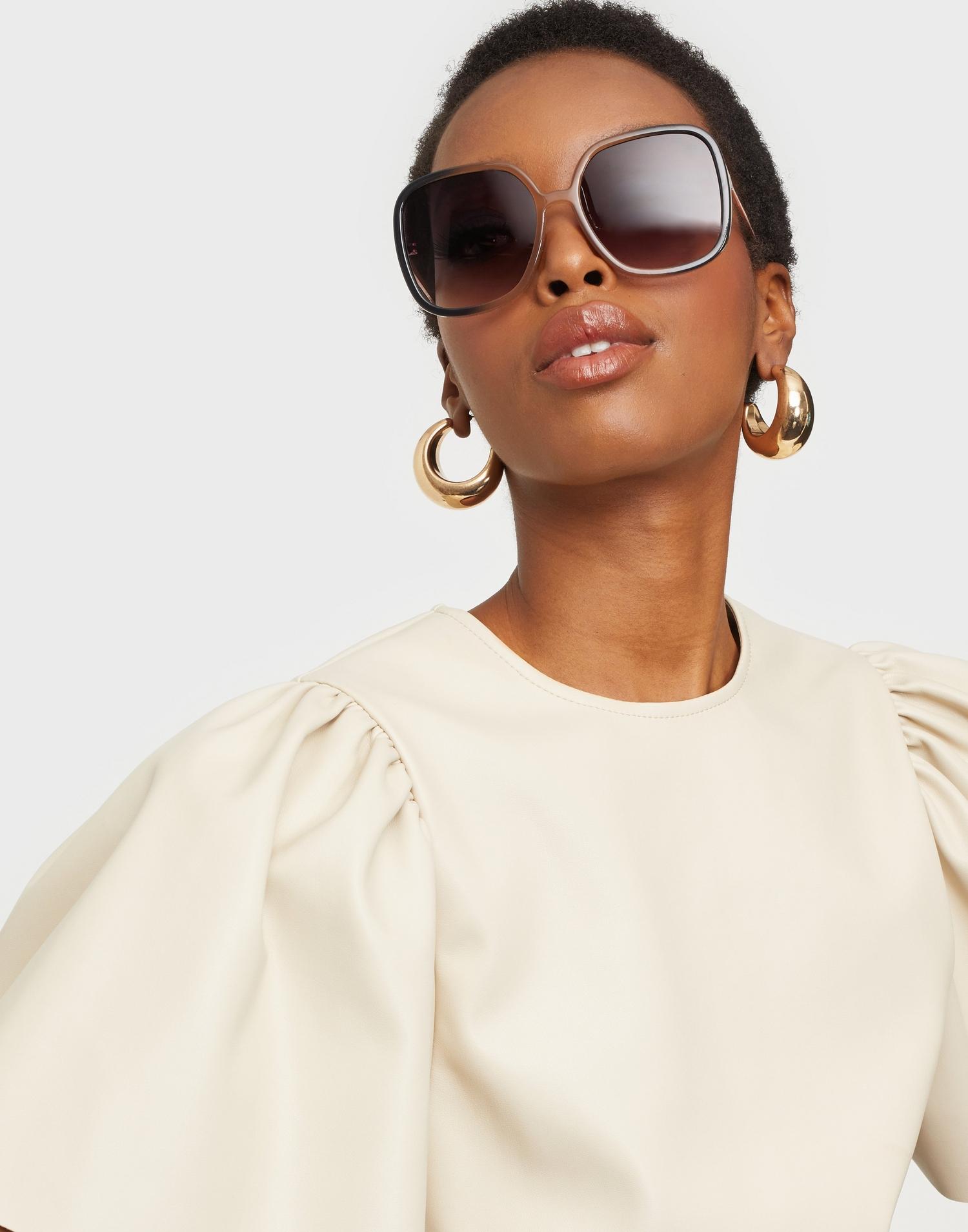 Solbriller med ombre-effekt