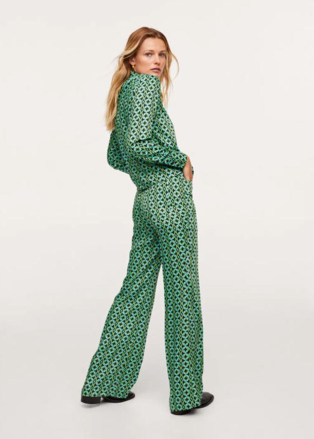 Grønn med geometrisk trykk