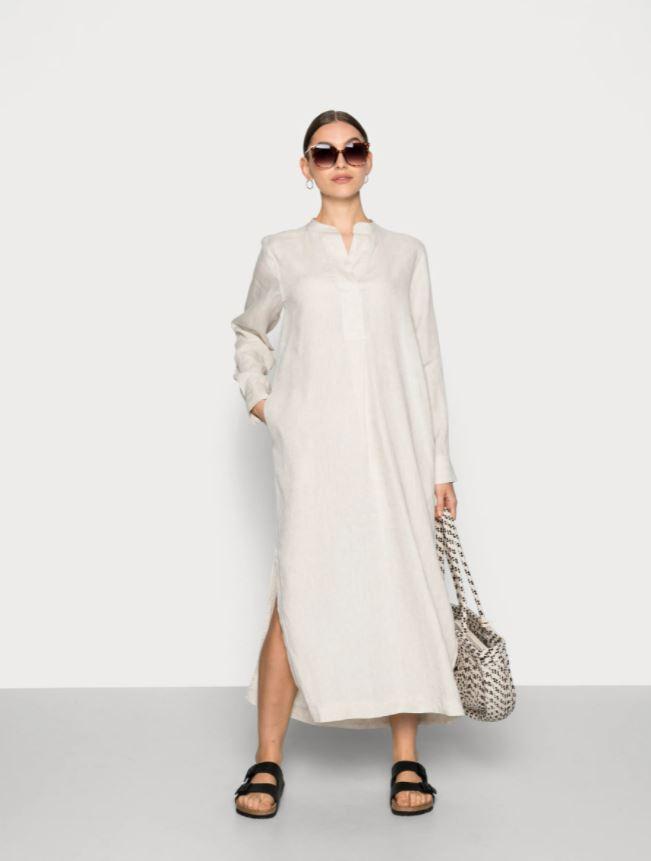 Løs og ledig lin-kjole