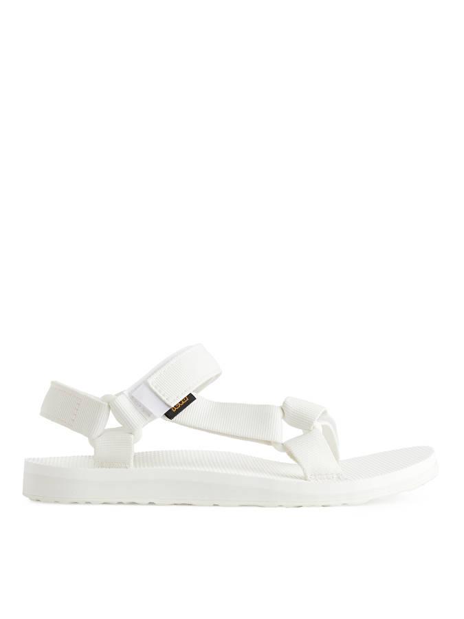Sandaler til å bade med