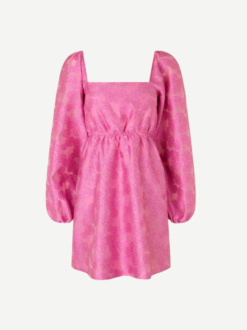 Mønstrete, rosa kjole med voluminøse ermer