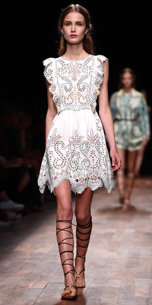 hvite kjoler fra catwalk 2015