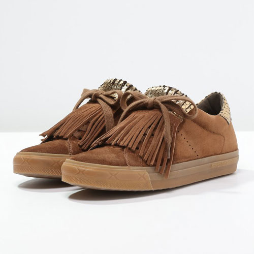 Sneakers toppbilde